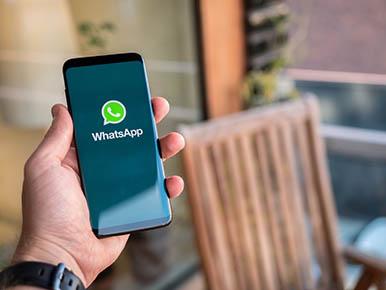 Resultado de imagem para Banco inicia serviço de transações financeiras por WhatsApp